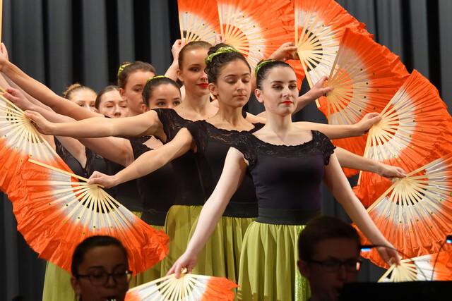 Ballettabteilung der Musikschule Calw: Fächertanz