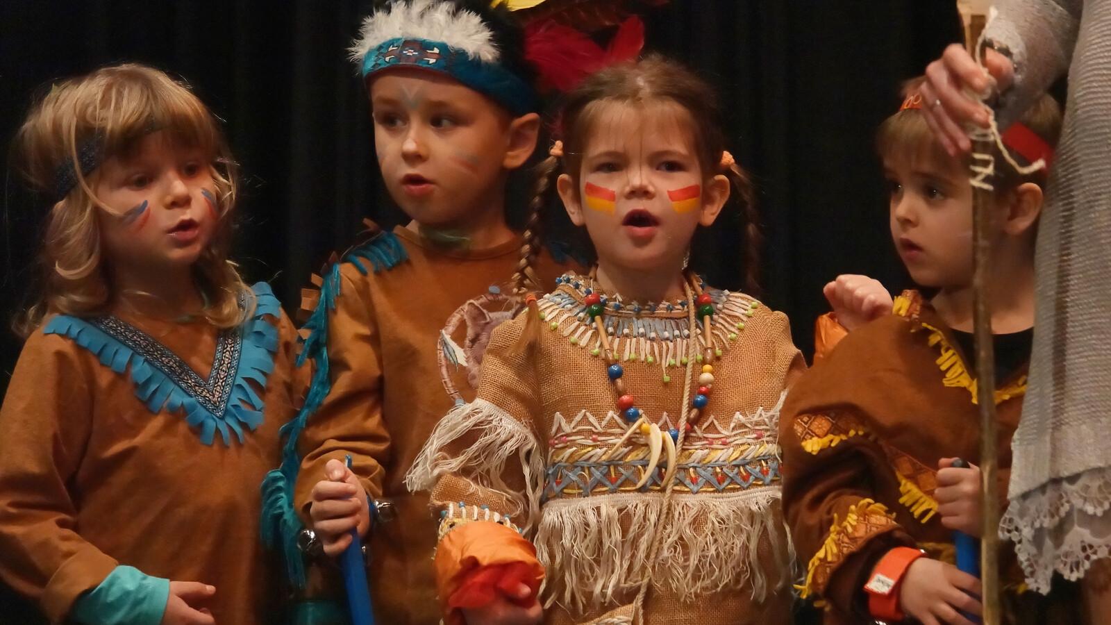 Neujahrskonzert: Grundstufenkinder beim Auftritt